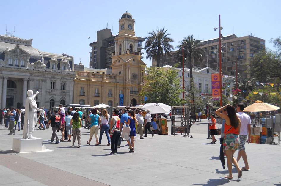 lugares-turisticos-del-Centro-Historico-de-Santiago-Plaza-de-Armas.jpg